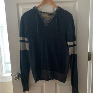 Guess Y neck hooded sweater